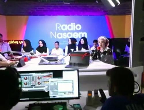Besuch unseres Chores beim Radiosender Nasaem